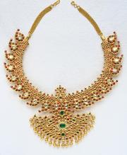Pearls Jewellery Designs in Hyderabad,  Hyderabad Pearls at Mangatrai,  Punjagutta.