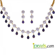 Are You Looking for Pearl Necklace Designs?