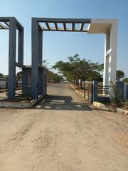 Get plot at Maheswaram near IT Park in one forth price of Market