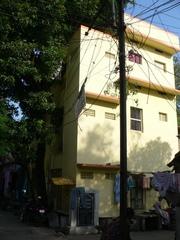 Independent house for immediate sale behind Indira Gandhi Stadium